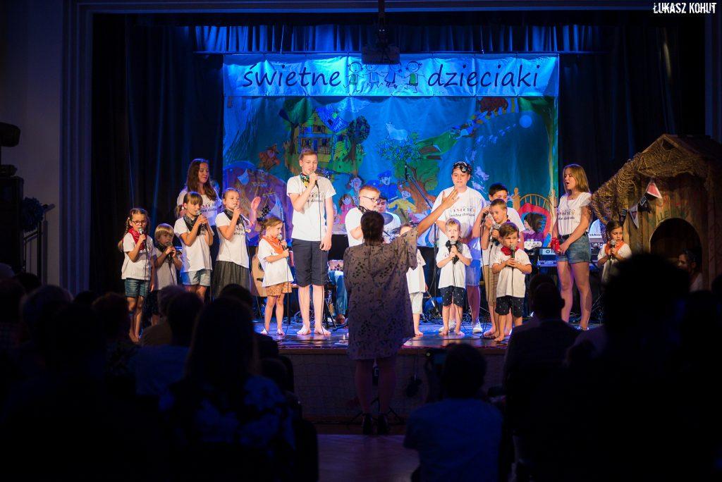 Świetne Dzieciaki podczas koncertu galowego