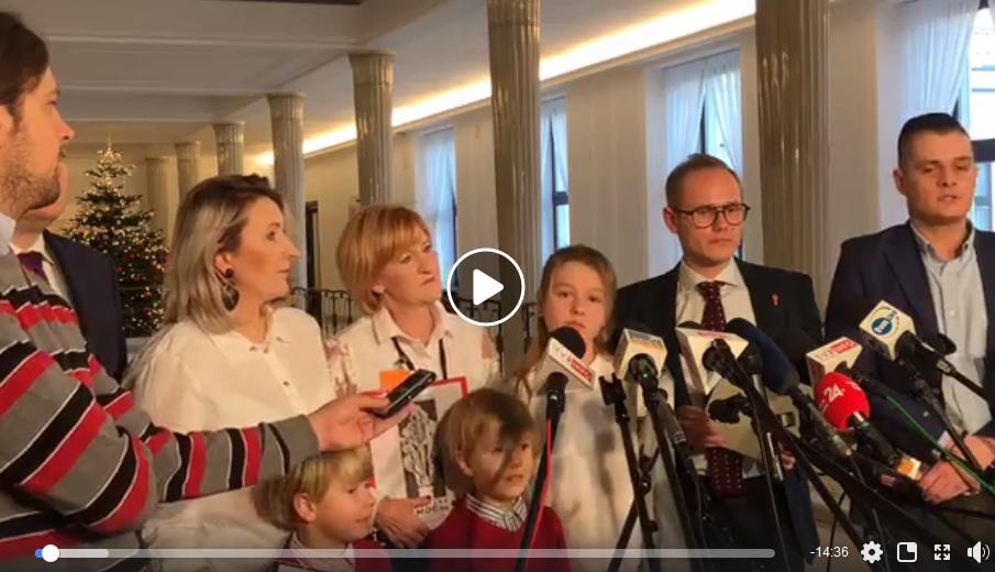 Dzieci z Rybnika w Sejmie ws. smogu, grudzień 2019 r.